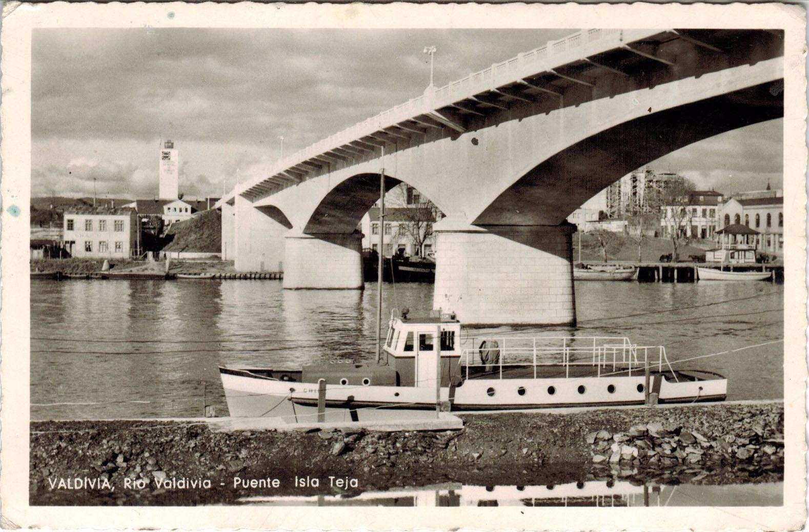 Enterreno - Fotos históricas de chile - fotos antiguas de Chile - Puente a Isla Teja en 1959