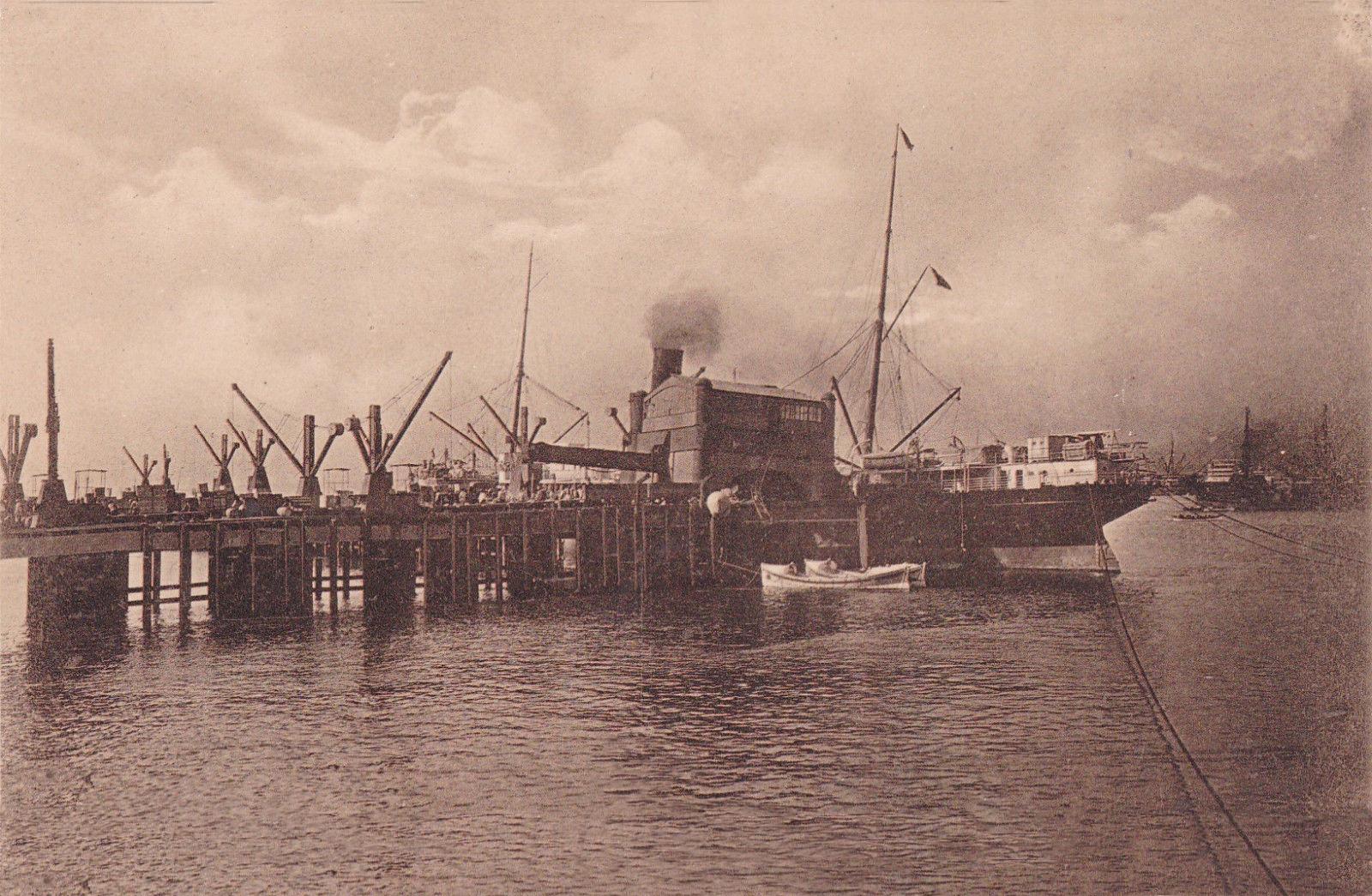 Enterreno - Fotos históricas de chile - fotos antiguas de Chile - Grúa Fiscal de Valparaíso destruida por el terremoto de 1906