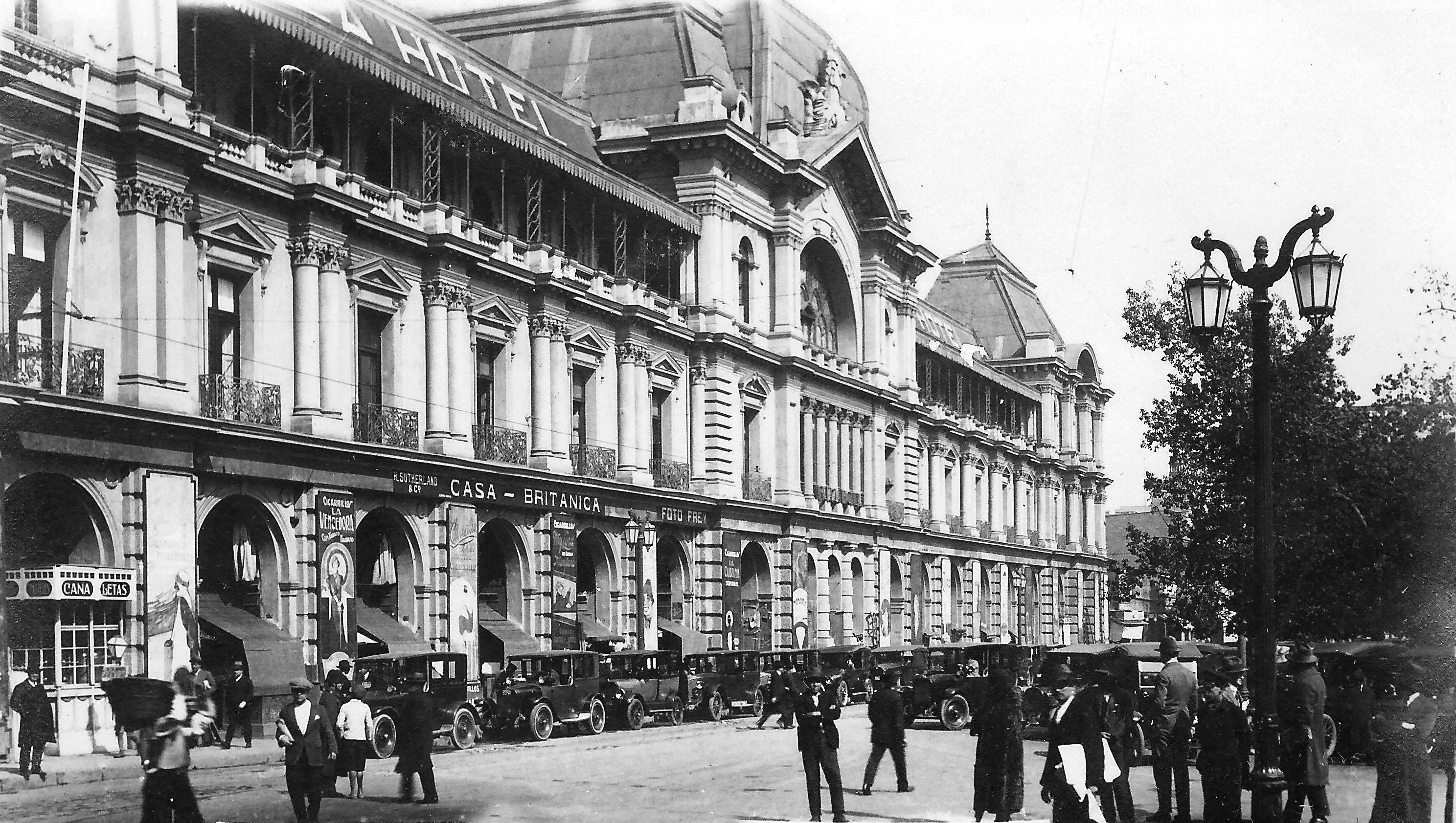 Enterreno - Fotos históricas de chile - fotos antiguas de Chile - Portal Fernández Concha en 1922