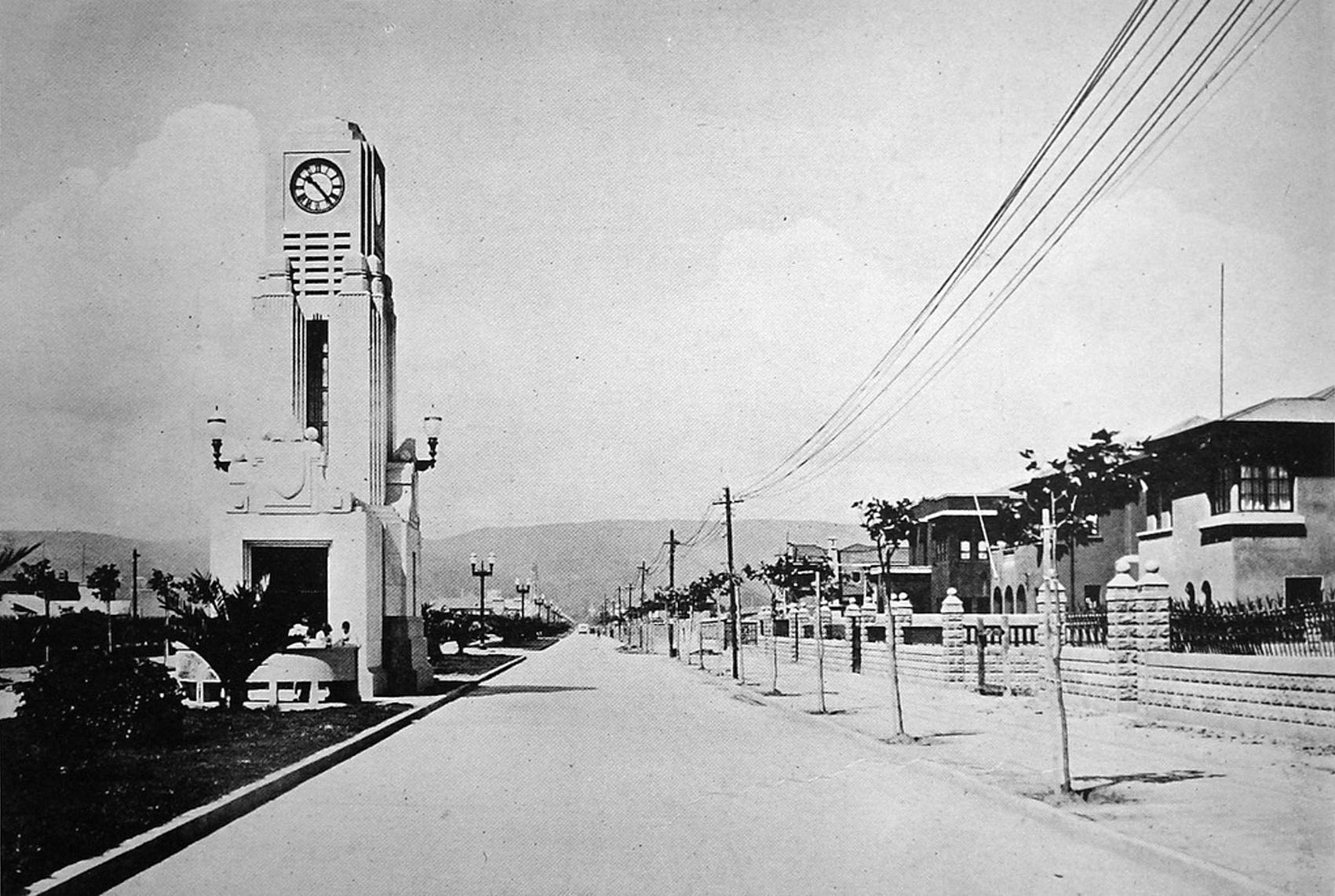 Enterreno - Fotos históricas de chile - fotos antiguas de Chile - Reloj Simpson de Viña del Mar en 1931