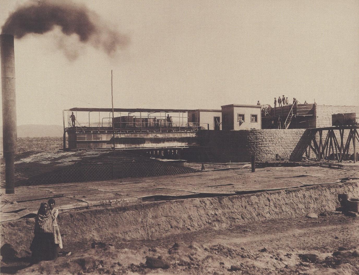 """Enterreno - Fotos históricas de chile - fotos antiguas de Chile - Oficina Salitrera """"La Noria"""", 1889"""