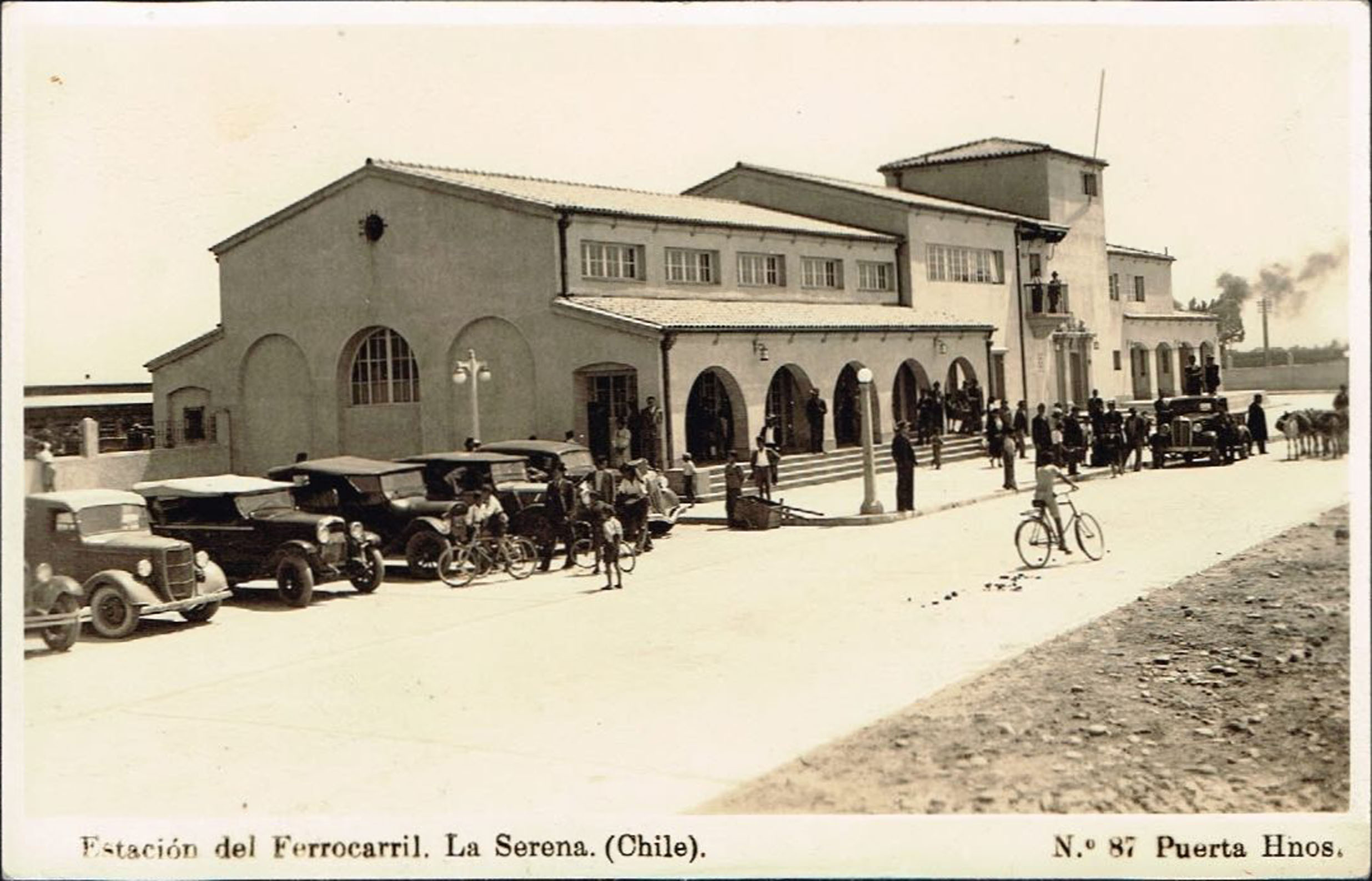 Enterreno - Fotos históricas de chile - fotos antiguas de Chile - Estación de La Serena en 1935