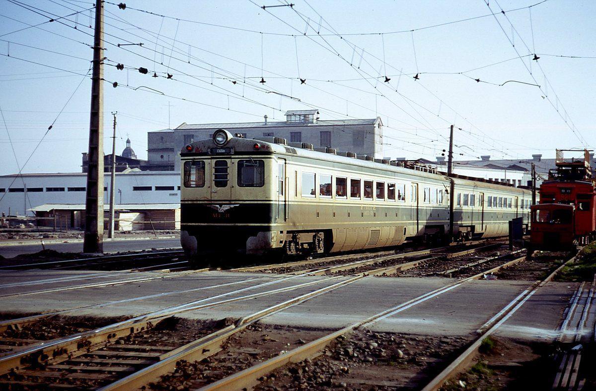 Enterreno - Fotos históricas de chile - fotos antiguas de Chile - Estación Mapocho en 1980
