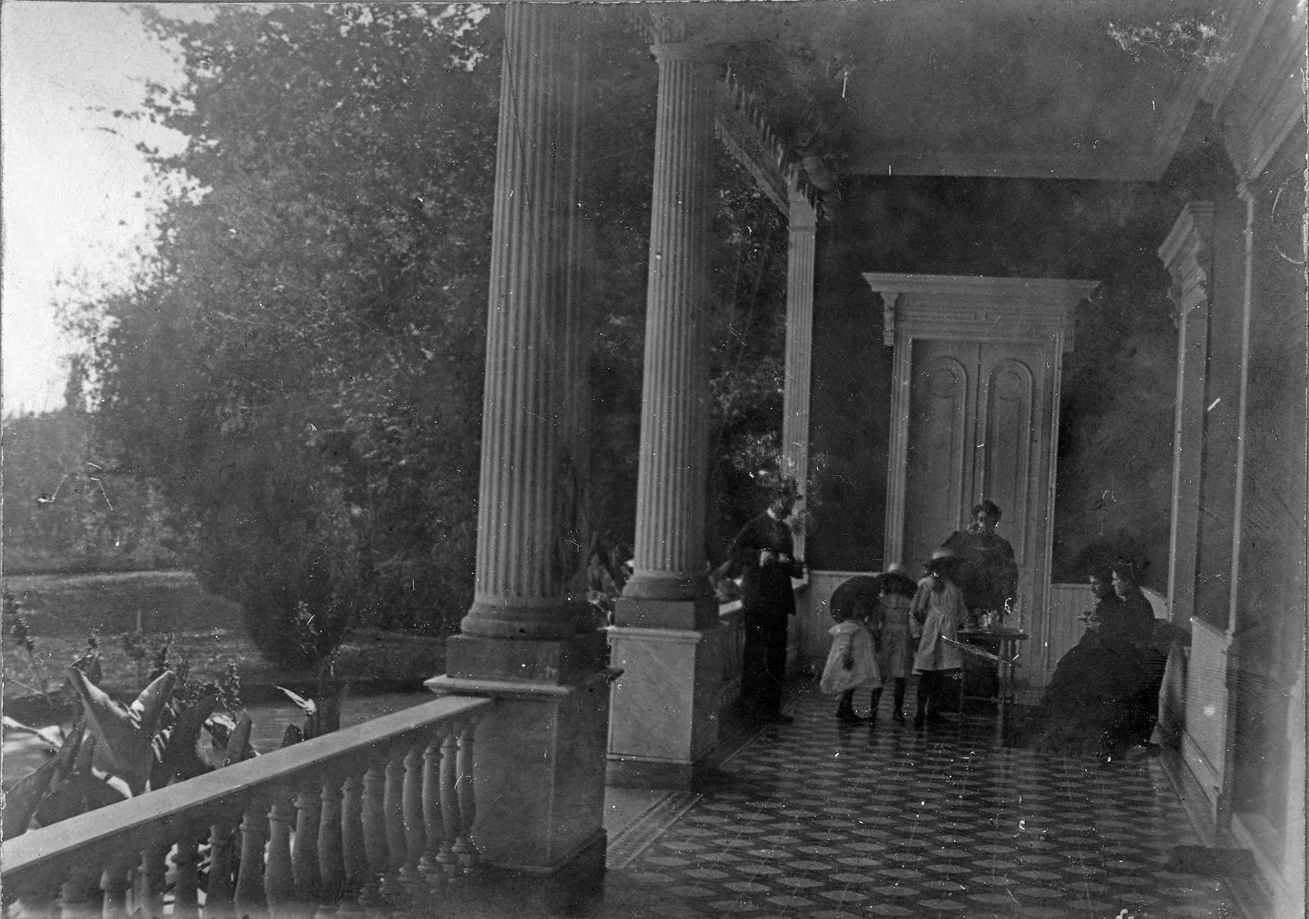 Enterreno - Fotos históricas de chile - fotos antiguas de Chile - Palacio Las Majadas de Pirque, CA 1901