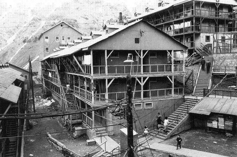 Enterreno - Fotos históricas de chile - fotos antiguas de Chile - Calles de Sewell, ca. 1915