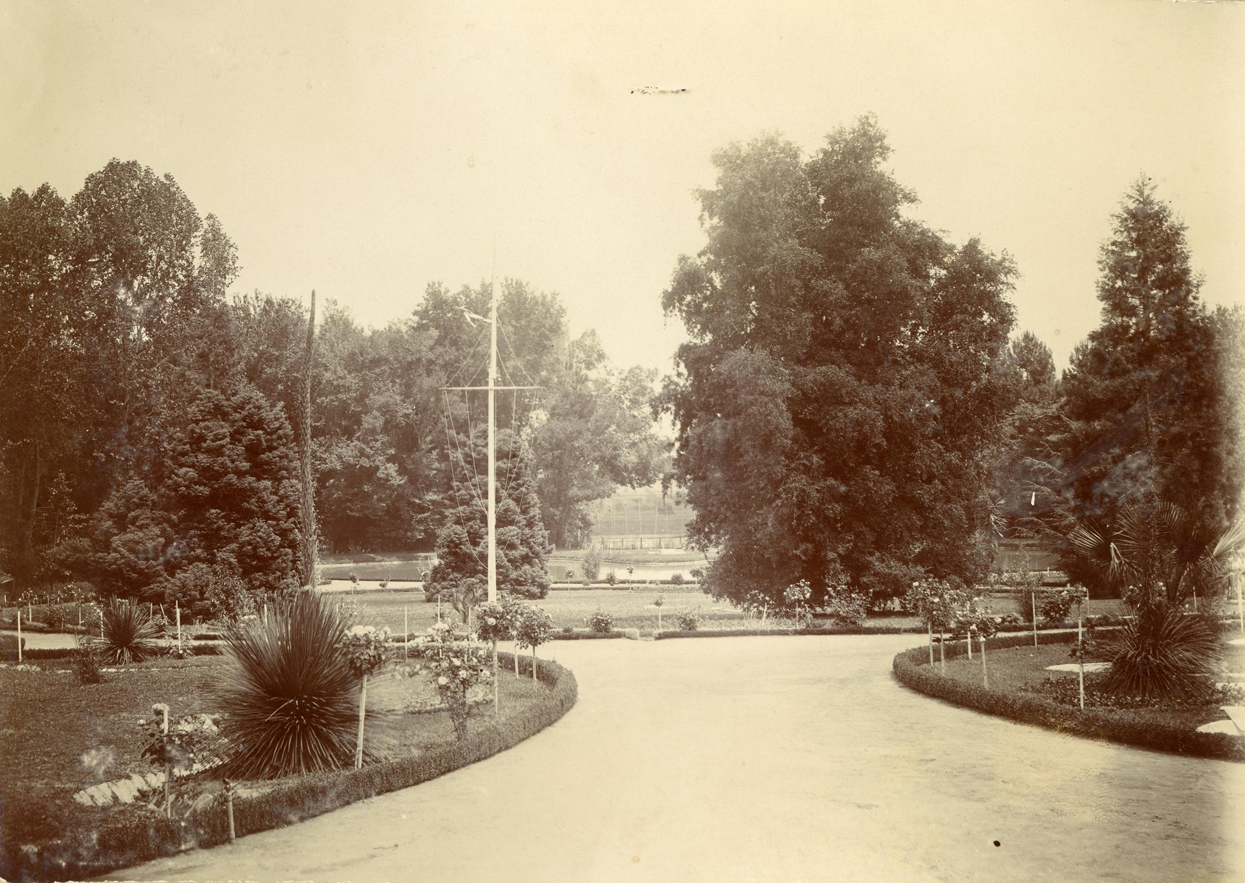 Enterreno - Fotos históricas de chile - fotos antiguas de Chile - Parque Las Majadas de Pirque, CA 1901