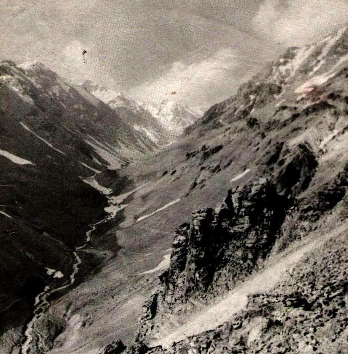Enterreno - Fotos históricas de chile - fotos antiguas de Chile - Valle de Sewell, ca. 1915