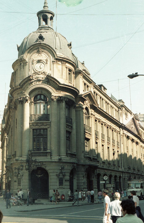 Enterreno - Fotos históricas de chile - fotos antiguas de Chile - Bolsa de Comercio, Santiago Ca 1980