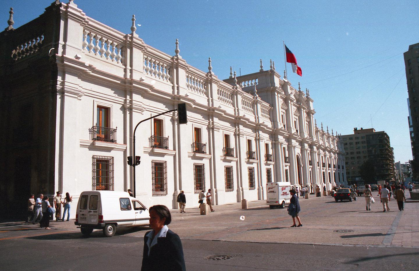 Enterreno - Fotos históricas de chile - fotos antiguas de Chile - Palacio de La Moneda