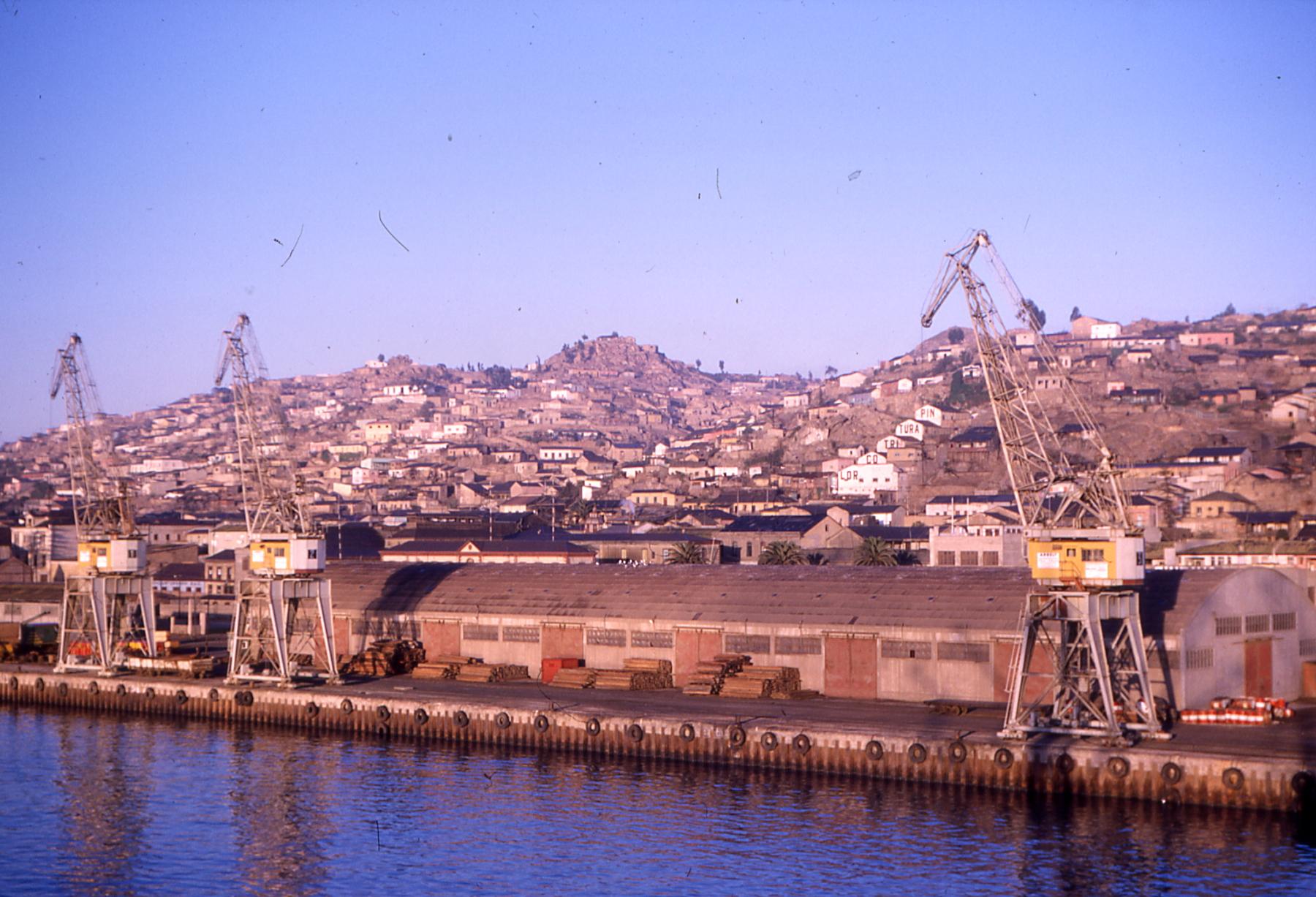 Enterreno - Fotos históricas de chile - fotos antiguas de Chile - Puerto de Coquimbo, 1963