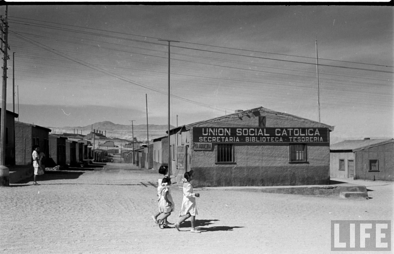 Enterreno - Fotos históricas de chile - fotos antiguas de Chile - Salitrera desconocida, 1950
