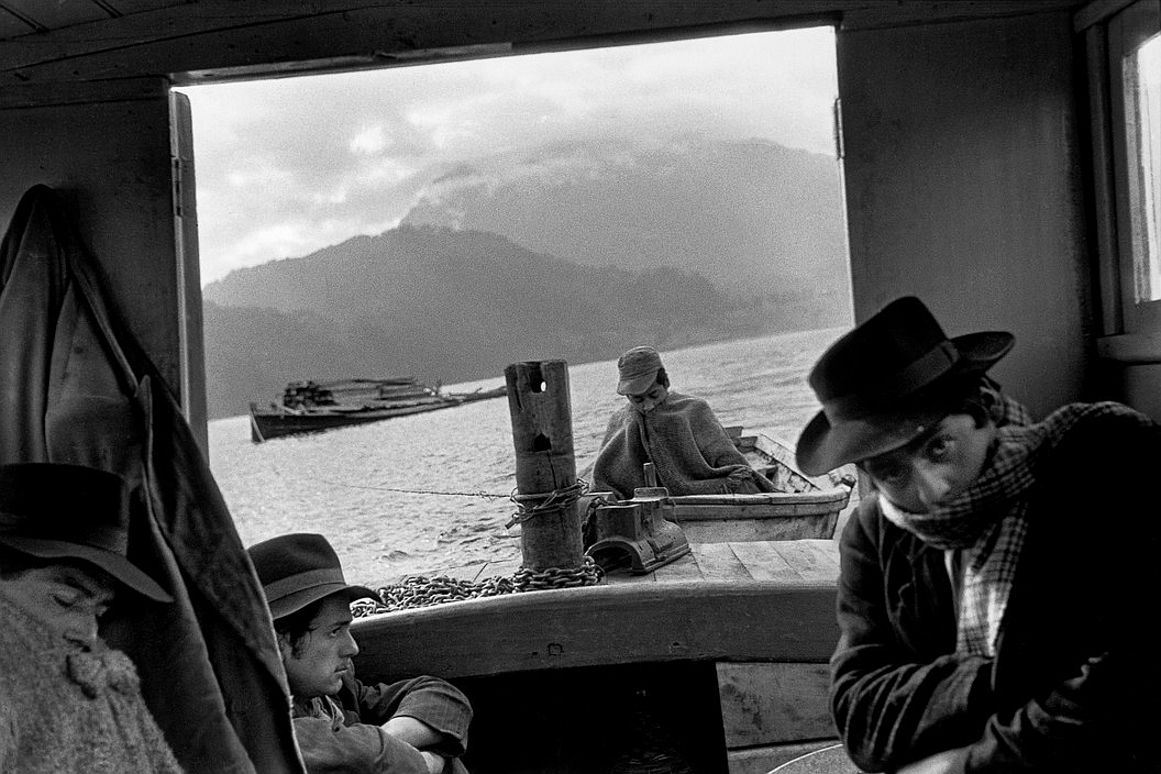 Enterreno - Fotos históricas de chile - fotos antiguas de Chile - Navegantes chilotes en 1954