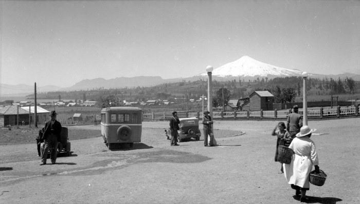 Enterreno - Fotos históricas de chile - fotos antiguas de Chile - Volcán Villarrica en 1935