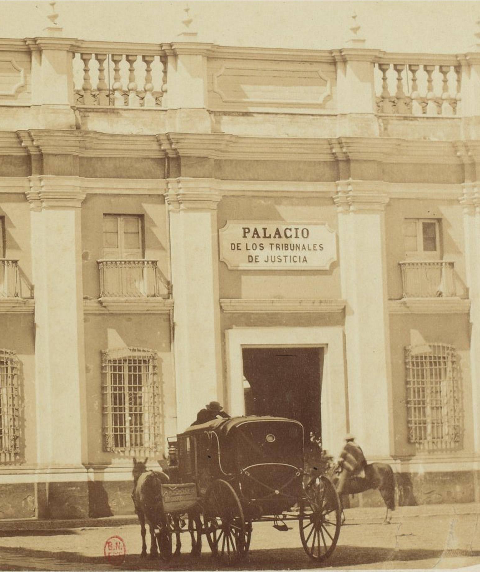 Enterreno - Fotos históricas de chile - fotos antiguas de Chile - Actual Museo de Arte Precolombino en 1880