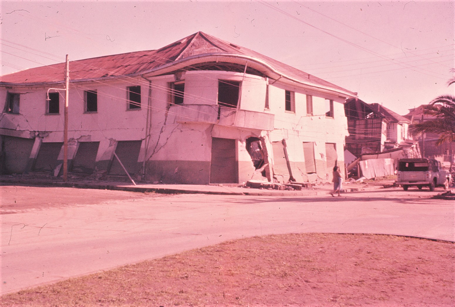 Enterreno - Fotos históricas de chile - fotos antiguas de Chile - Terremoto Valdivia en 1960