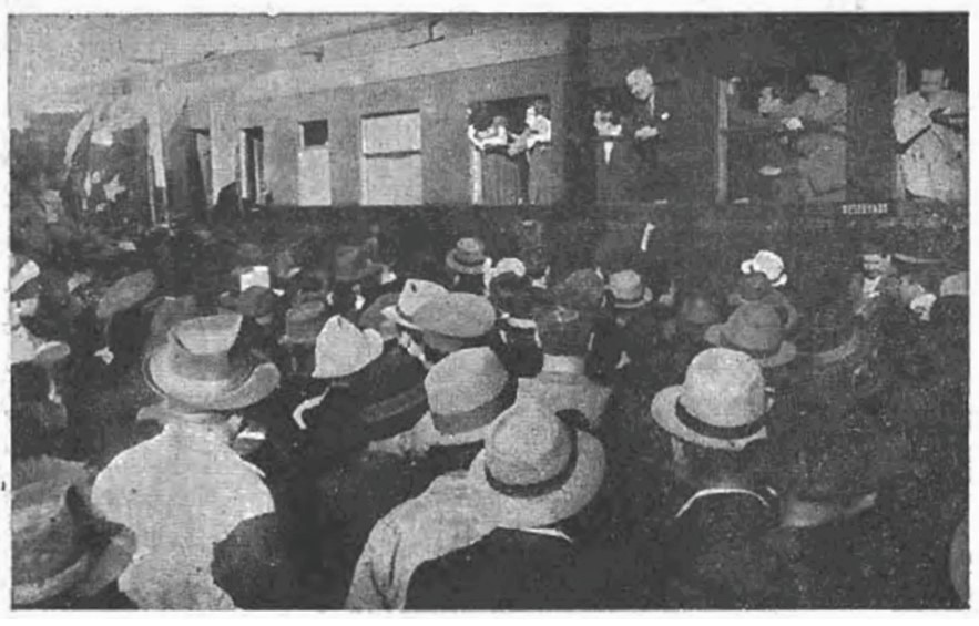Enterreno - Fotos históricas de chile - fotos antiguas de Chile - Campaña de Juan Antonio Ríos, 1942