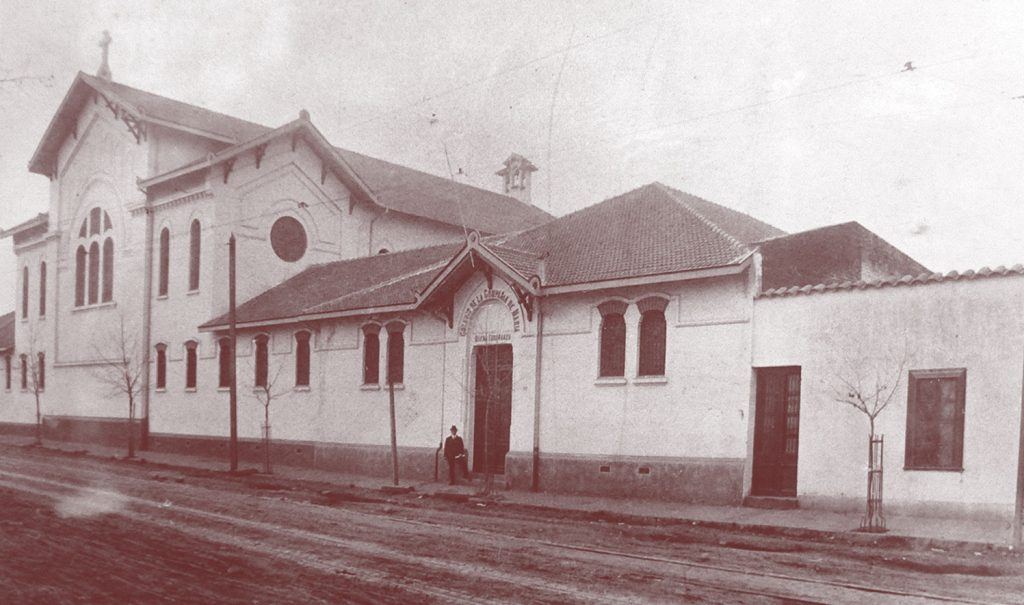Enterreno - Fotos históricas de chile - fotos antiguas de Chile - Colegio Compañía de Maria en 1920