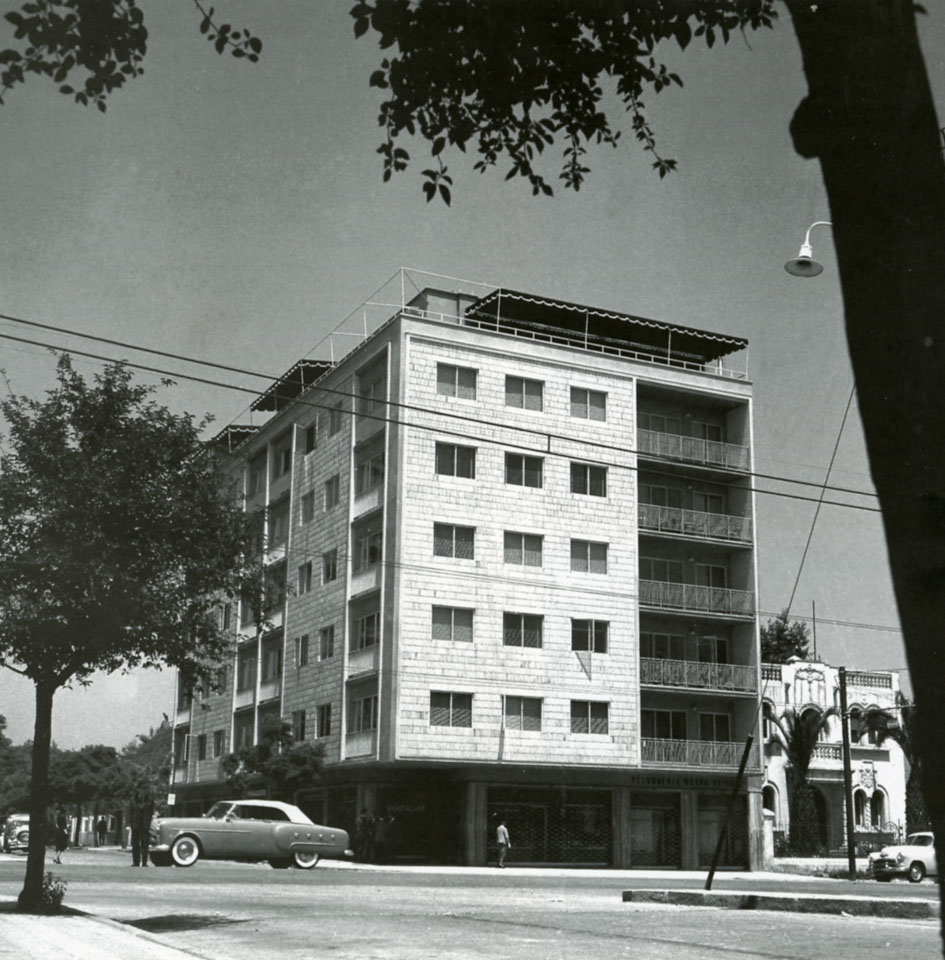 Enterreno - Fotos históricas de chile - fotos antiguas de Chile - Edificio Suecia, 1960