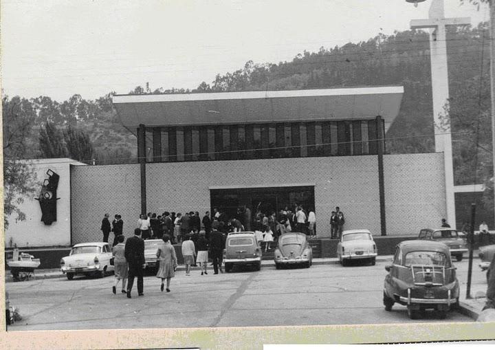 Enterreno - Fotos históricas de chile - fotos antiguas de Chile - Parroquia de Lo Contador, ca. 1960