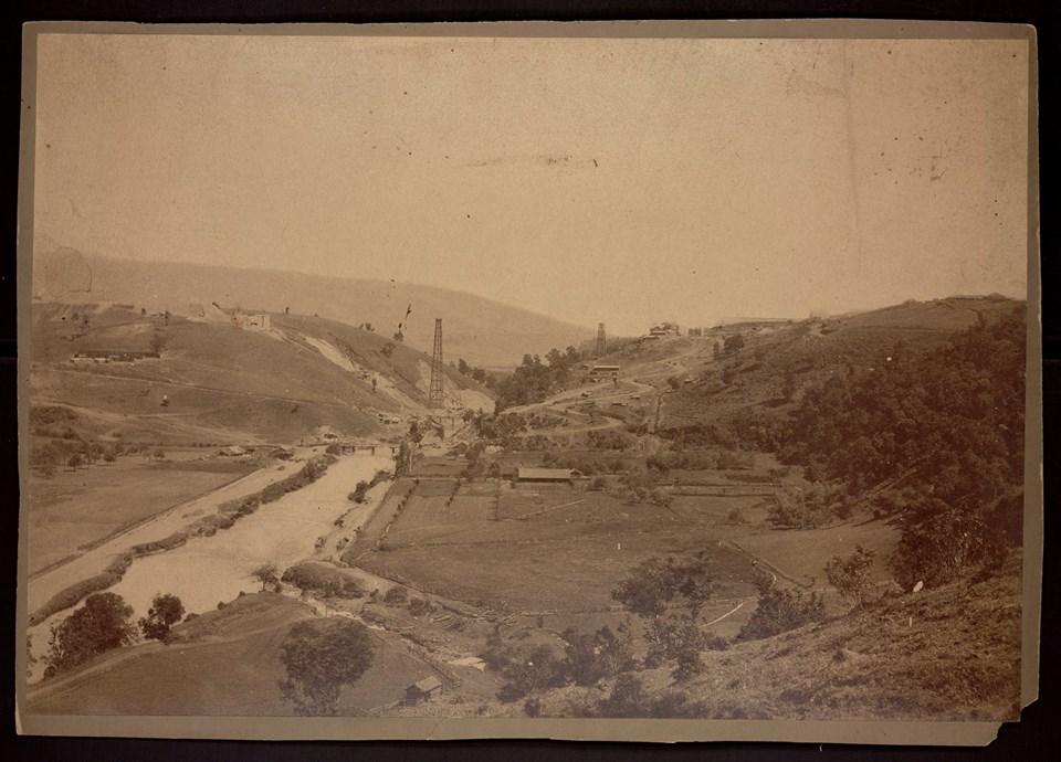 Enterreno - Fotos históricas de chile - fotos antiguas de Chile - Construcción del Viaducto del Malleco en Collipulli. Marzo de 1889.