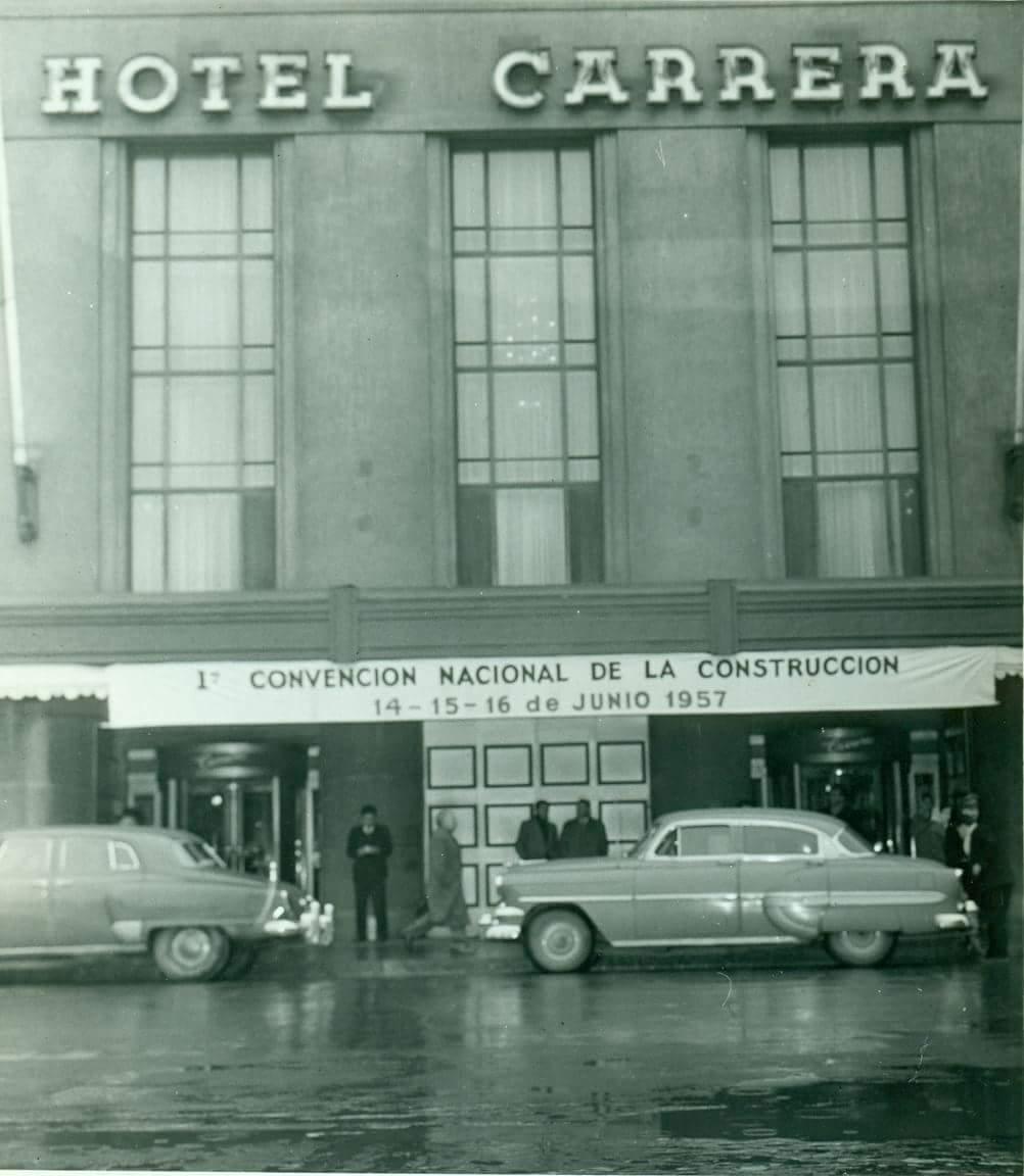 Enterreno - Fotos históricas de chile - fotos antiguas de Chile - Primera Convención Nacional de la Construcción, Hotel Carrera.