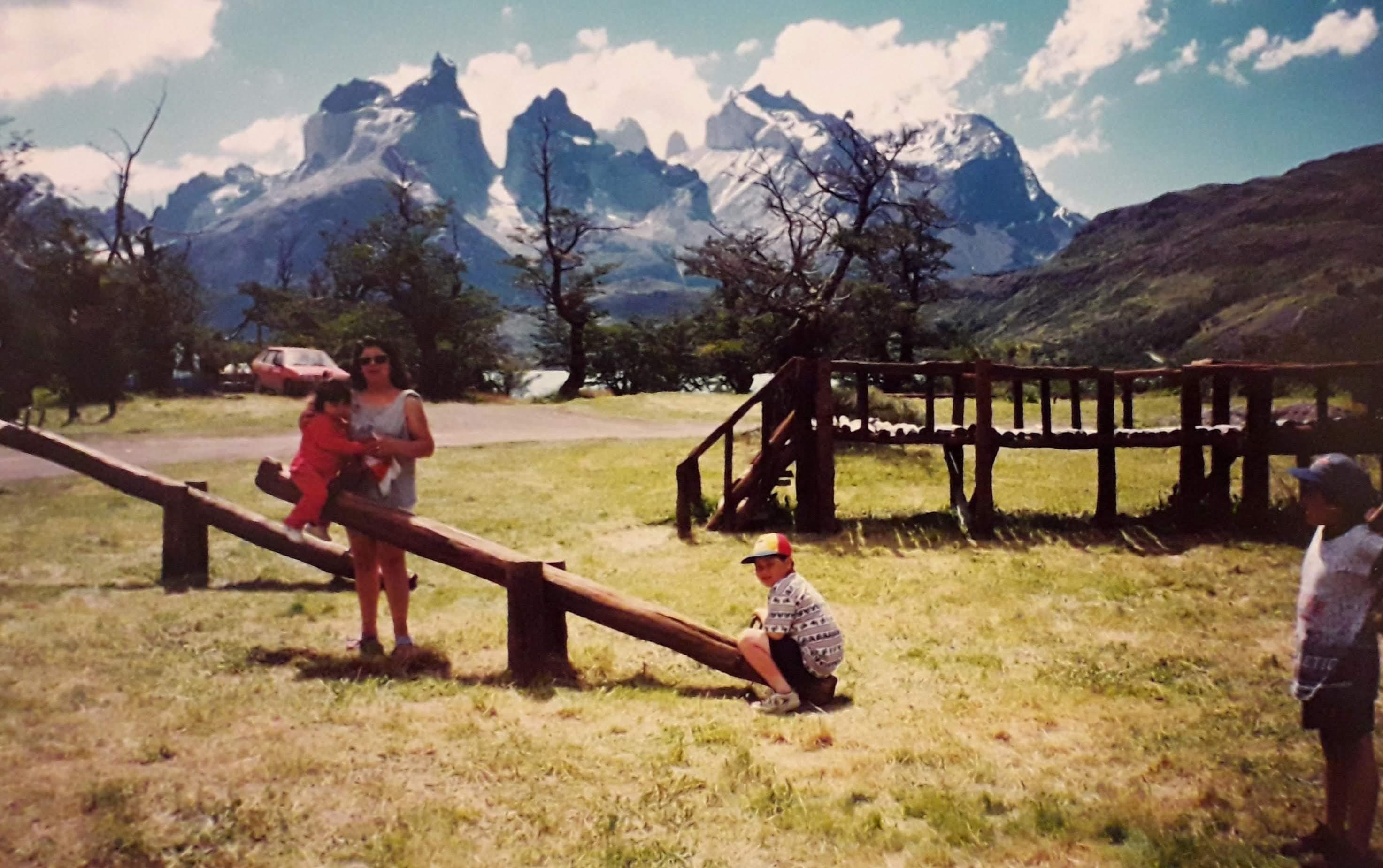Enterreno - Fotos históricas de chile - fotos antiguas de Chile - Camping en Torres del Paine en 1999