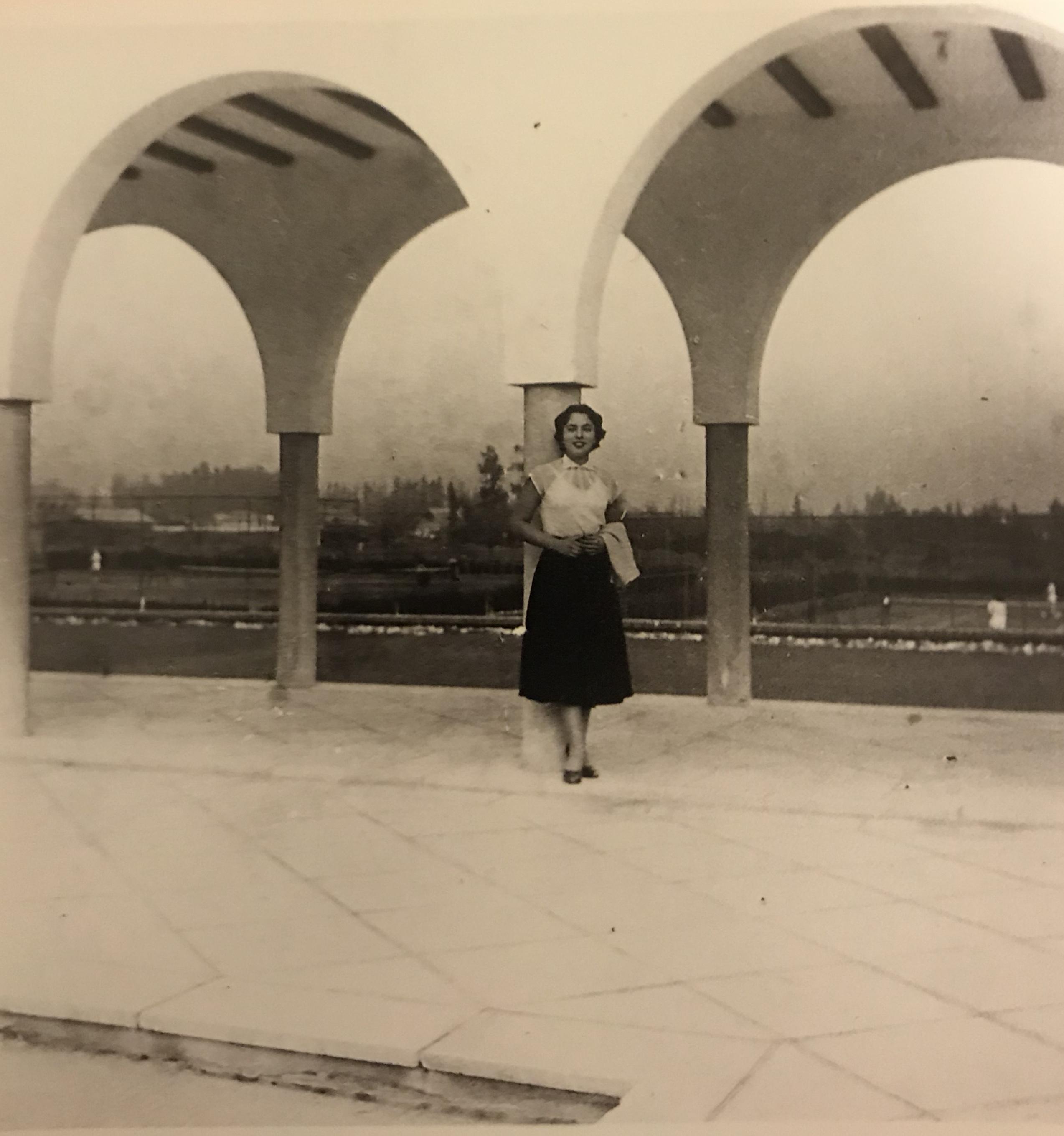 Enterreno - Fotos históricas de chile - fotos antiguas de Chile - Estadio Español de Santiago, 1952