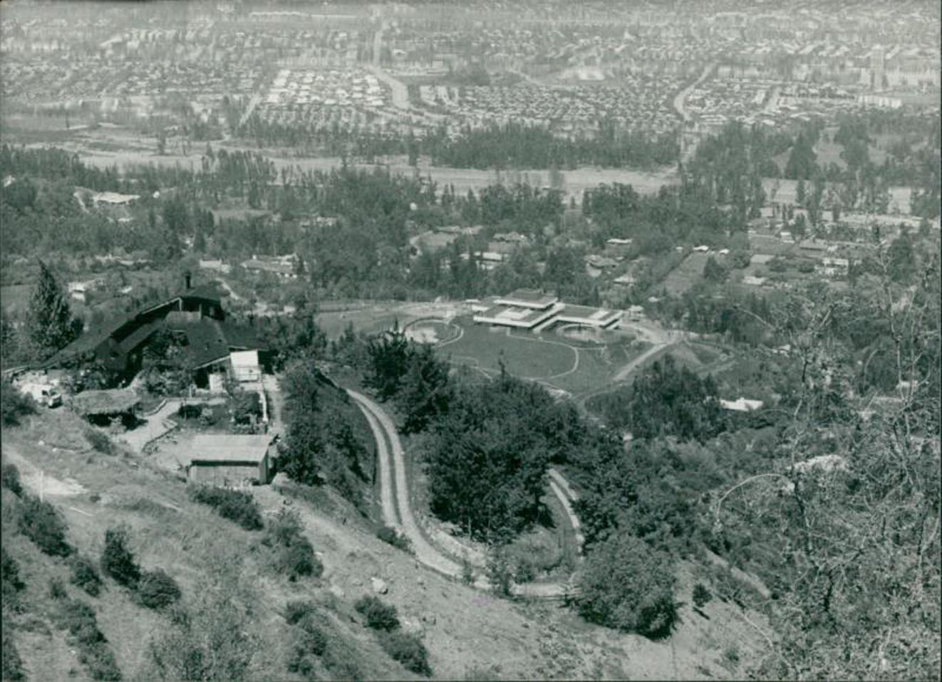 Enterreno - Fotos históricas de chile - fotos antiguas de Chile - El búnker de Pinochet en Santiago, 1985