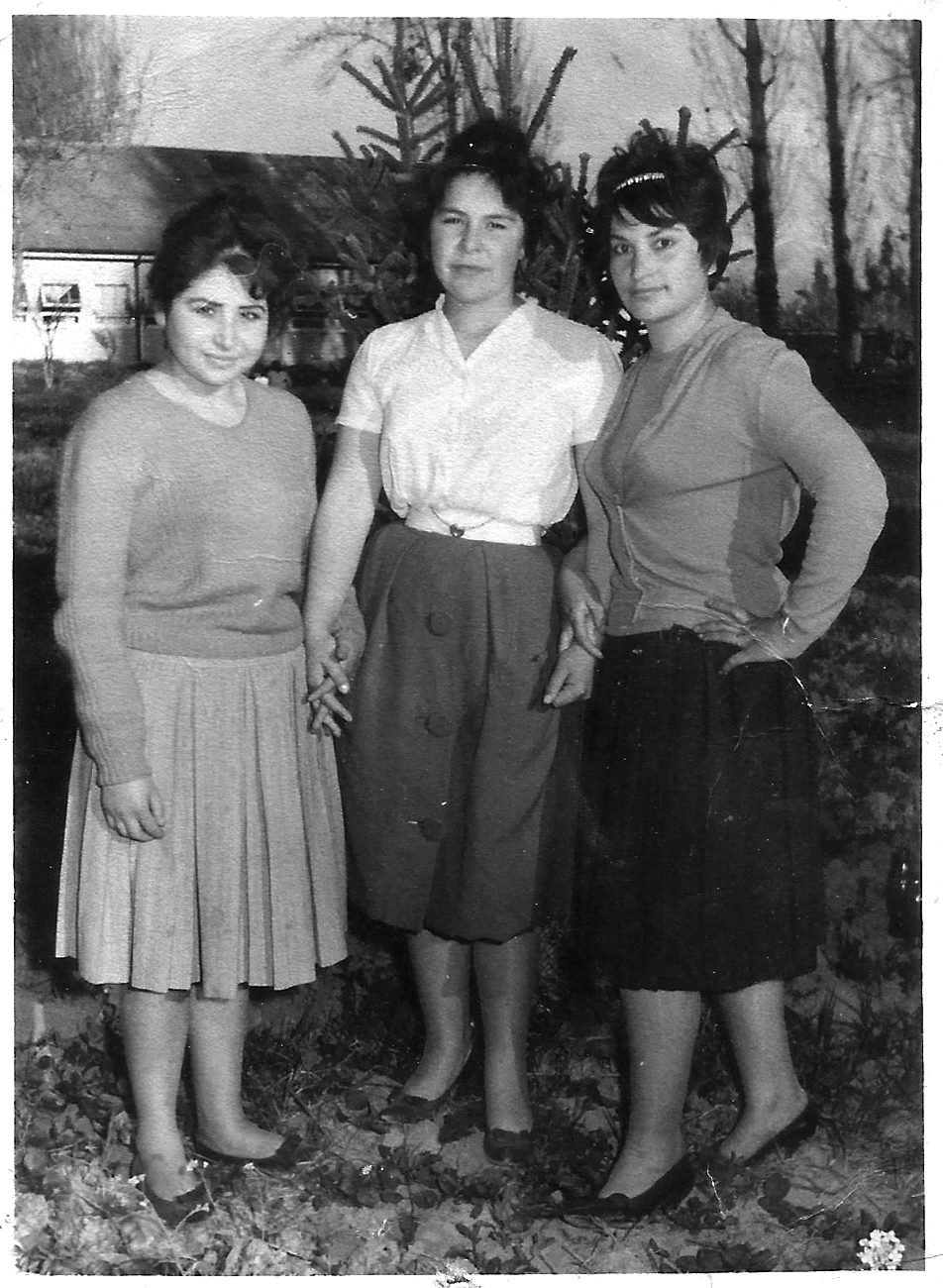 Enterreno - Fotos históricas de chile - fotos antiguas de Chile - Auxiliares de enfermería Hospital Sanatorio El Pino, 1962