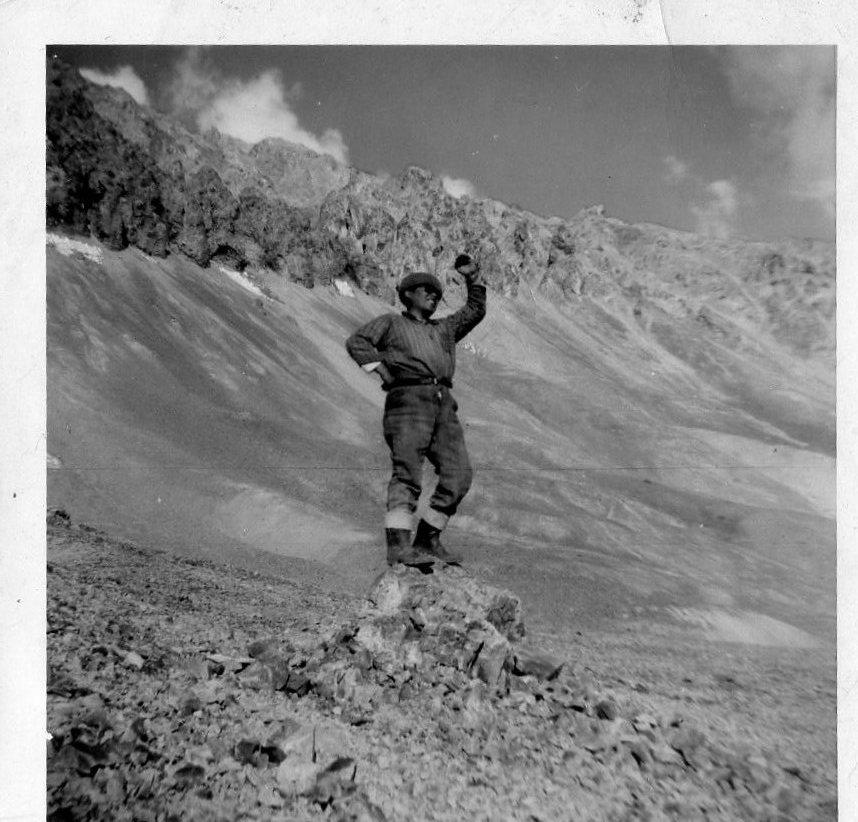 Enterreno - Fotos históricas de chile - fotos antiguas de Chile - Mina disputada las Condes, 1962