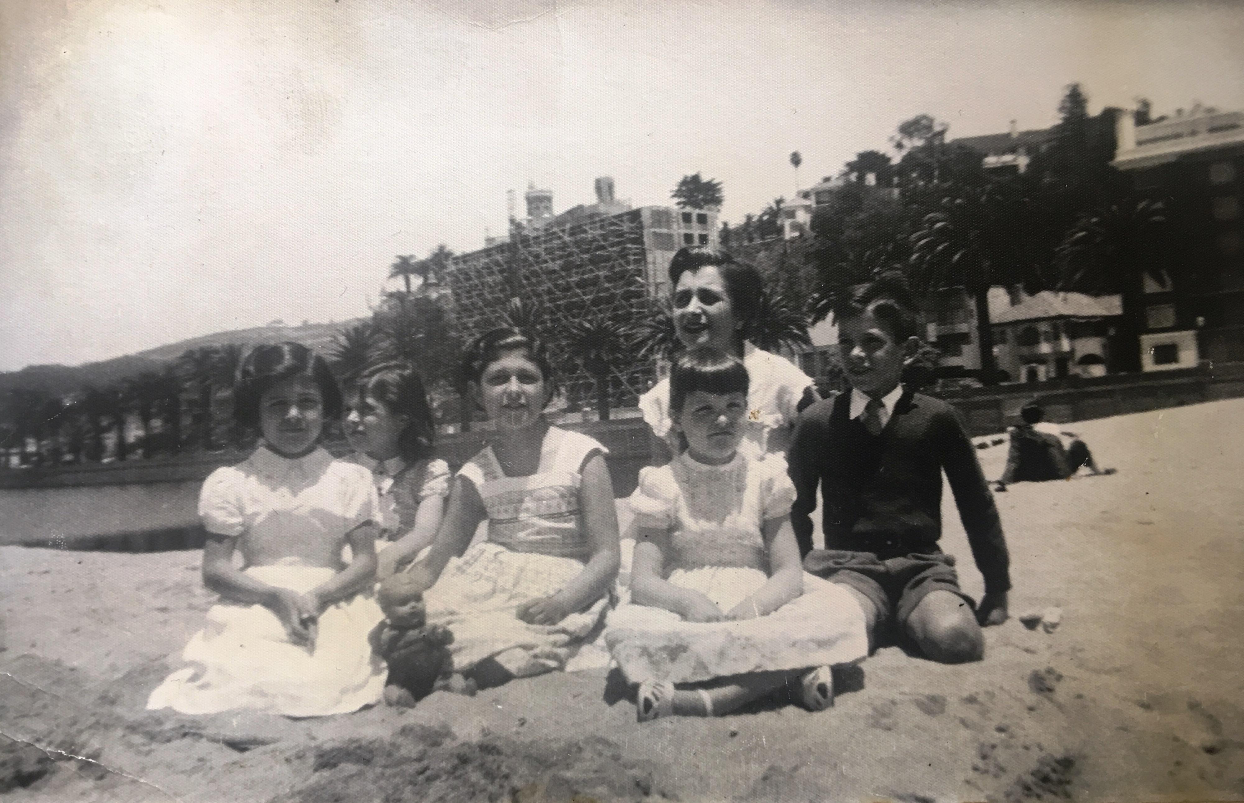 Enterreno - Fotos históricas de chile - fotos antiguas de Chile - Playa del Casino, Viña del Mar en 1955