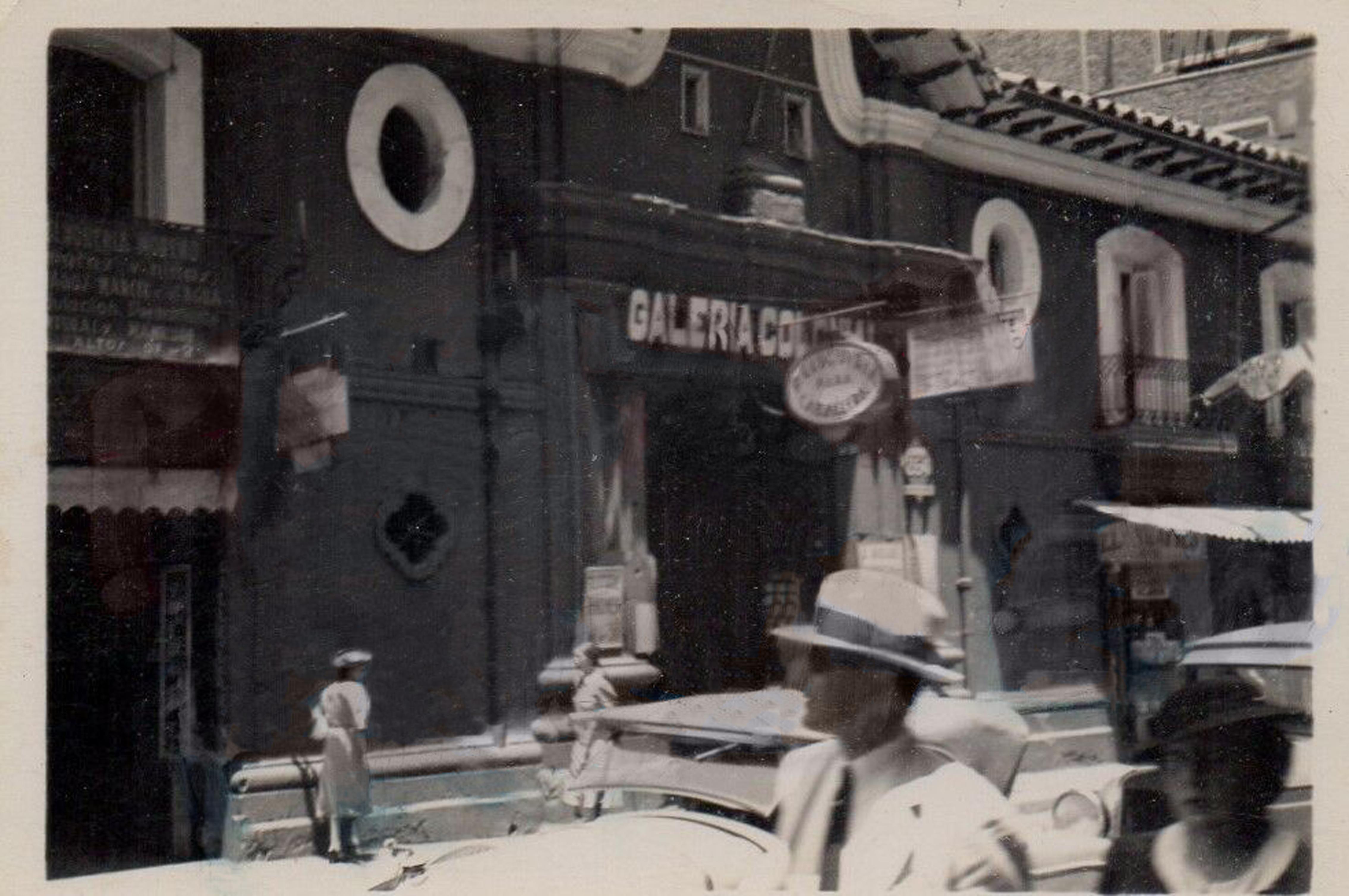 Enterreno - Fotos históricas de chile - fotos antiguas de Chile - Casa Colorada de Santiago, 1937