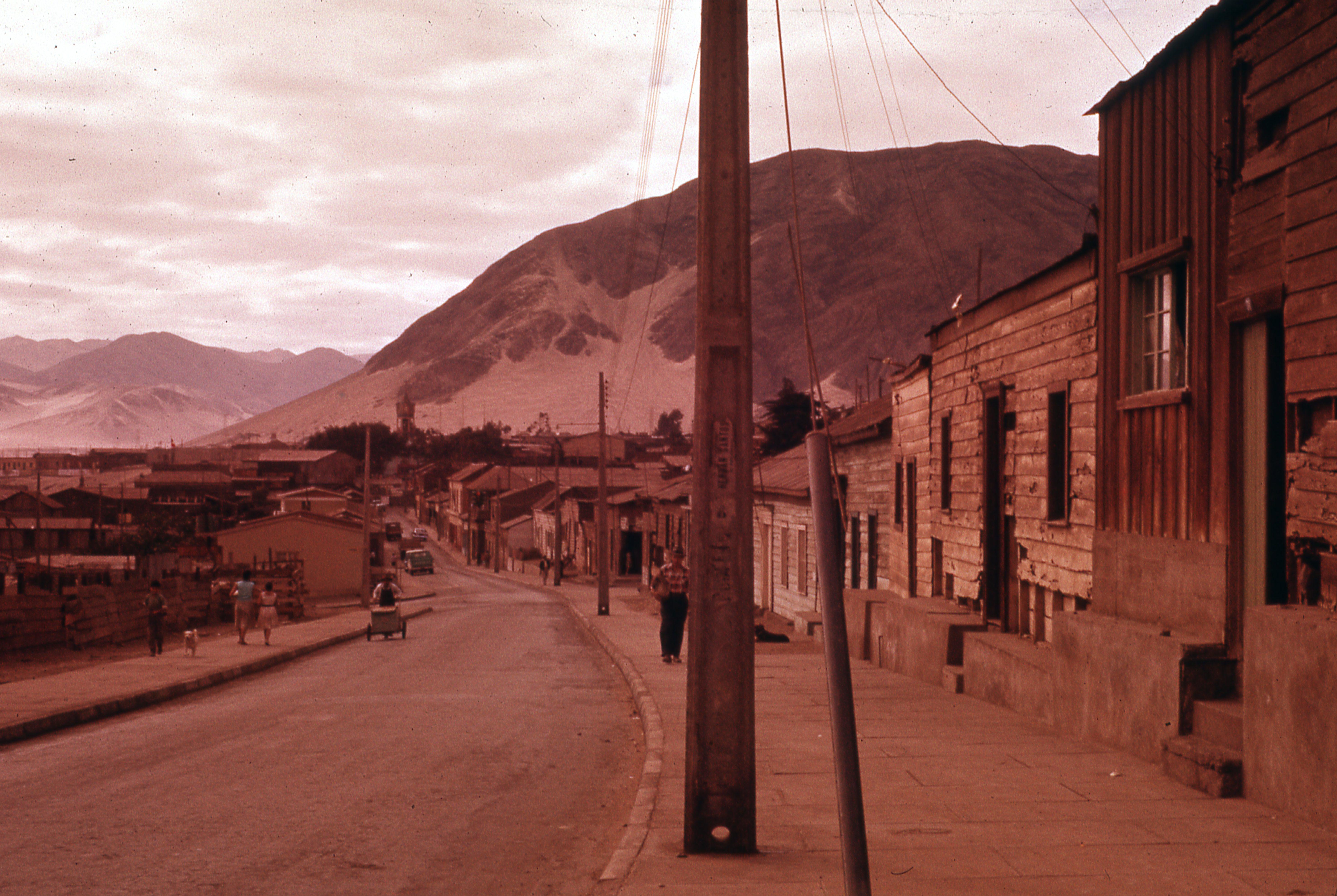 Enterreno - Fotos históricas de chile - fotos antiguas de Chile - FChañaral, 1977