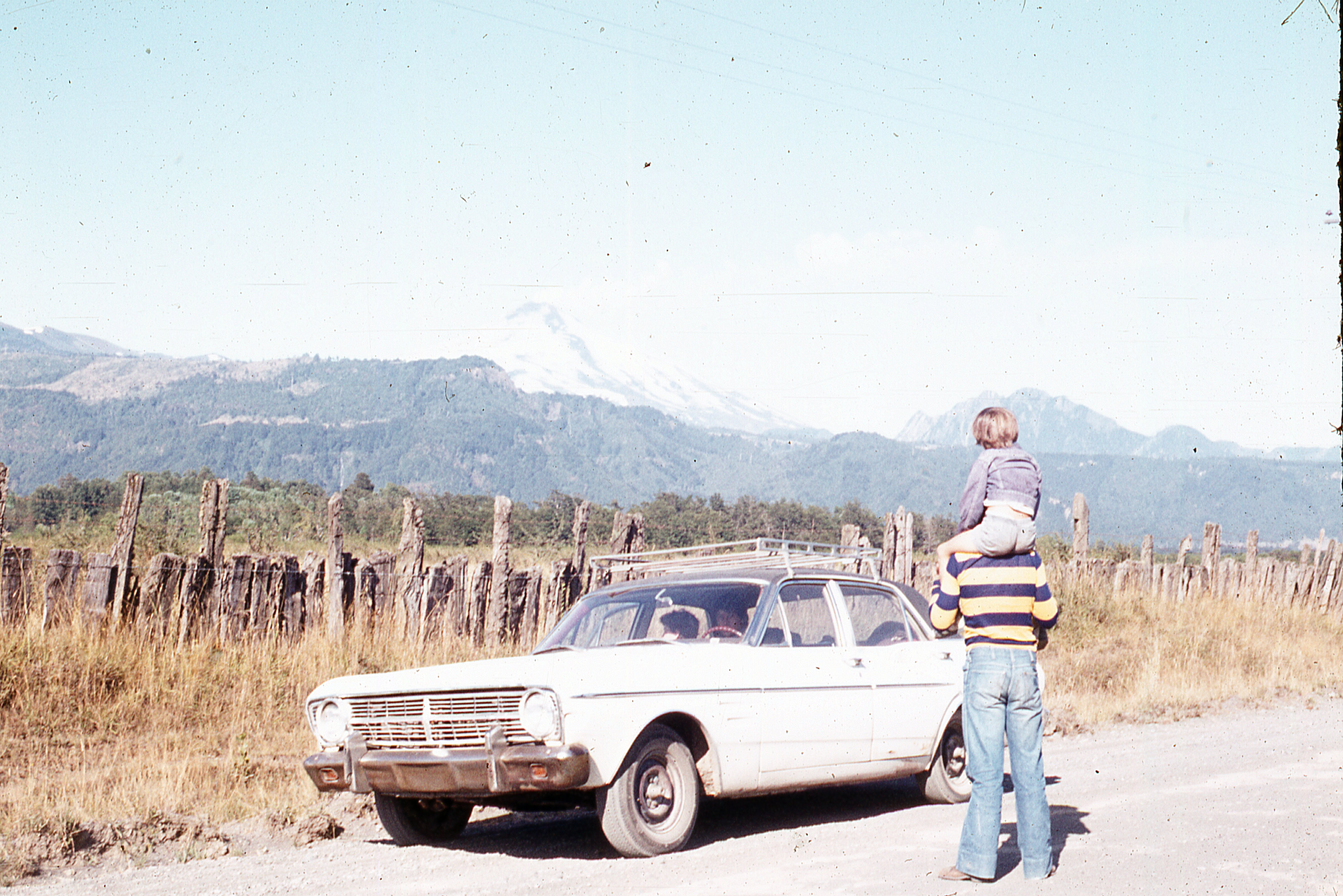 Enterreno - Fotos históricas de chile - fotos antiguas de Chile - Paso Tramen, 1977