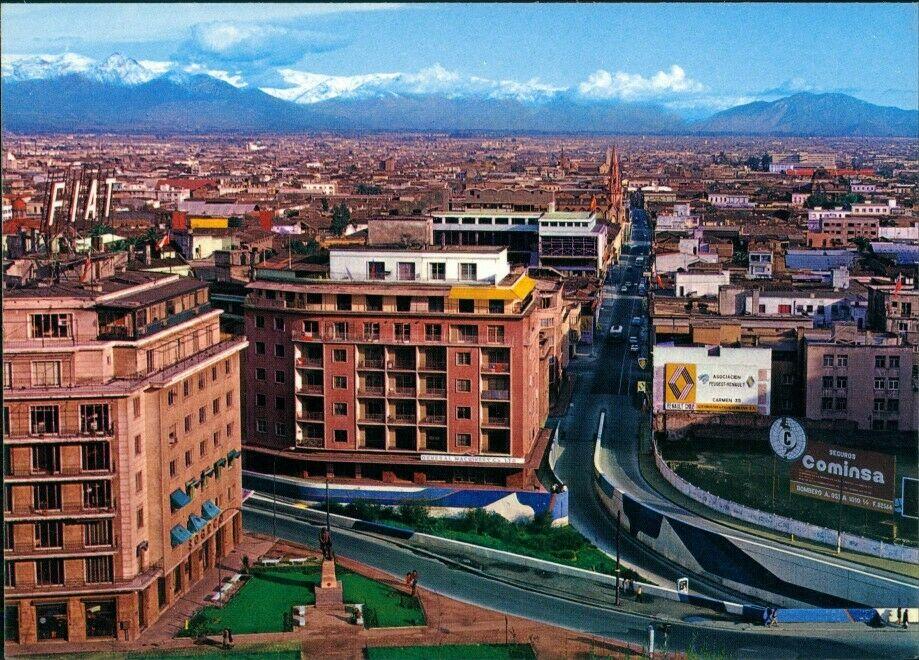 Enterreno - Fotos históricas de chile - fotos antiguas de Chile - Vista desde Cerro Santa Lucía en 1975