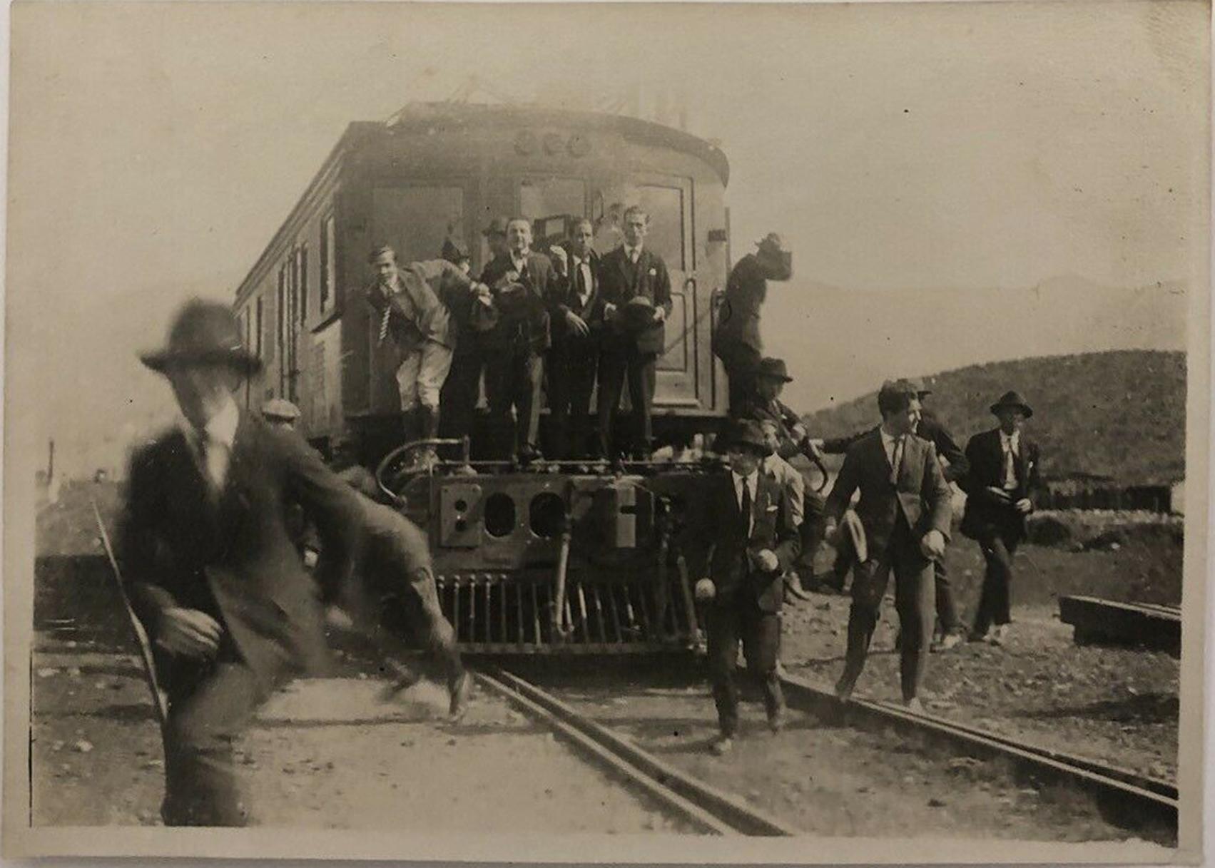 Enterreno - Fotos históricas de chile - fotos antiguas de Chile - Ferrocarril Valparaíso-Santiago, 1922