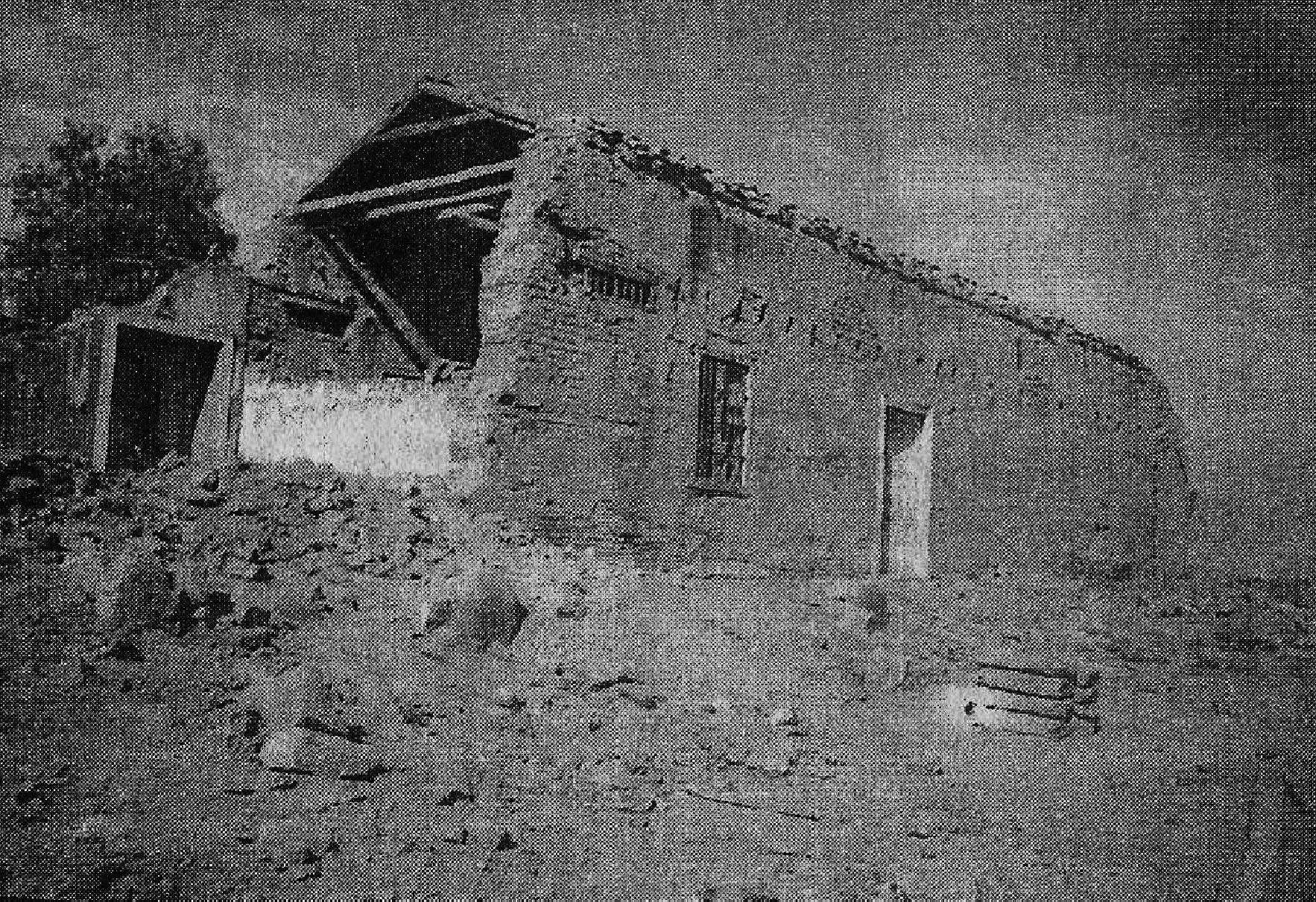 Enterreno - Fotos históricas de chile - fotos antiguas de Chile - Ruinas Casa Coronel Santiago Bueras, 1997