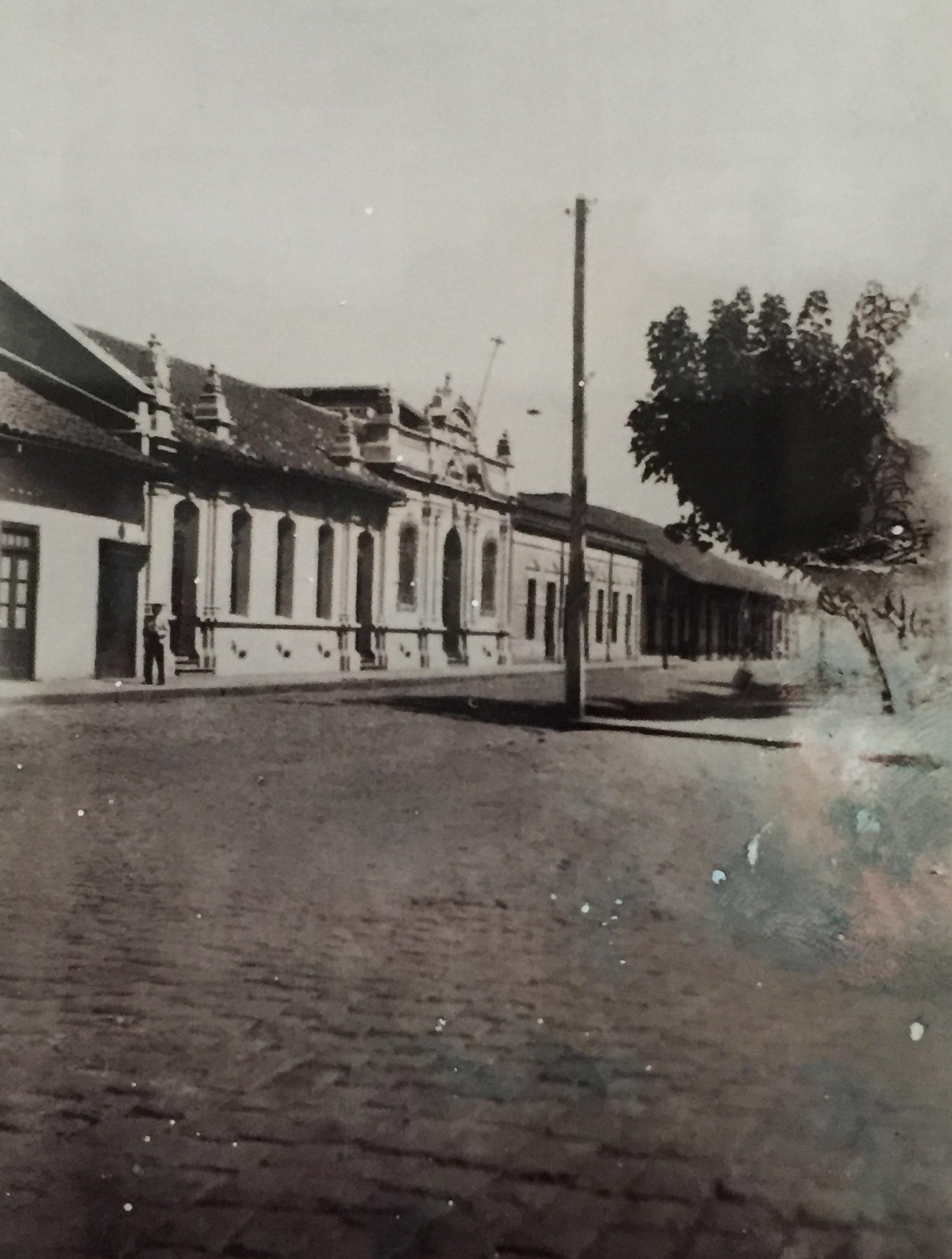 Enterreno - Fotos históricas de chile - fotos antiguas de Chile - Cabildo de Cauquenes, 1916