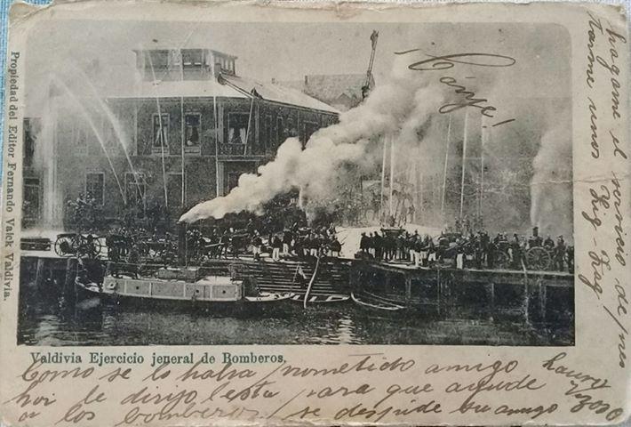 Enterreno - Fotos históricas de chile - fotos antiguas de Chile - Valdivia ejercicios de Bomberos, 1908