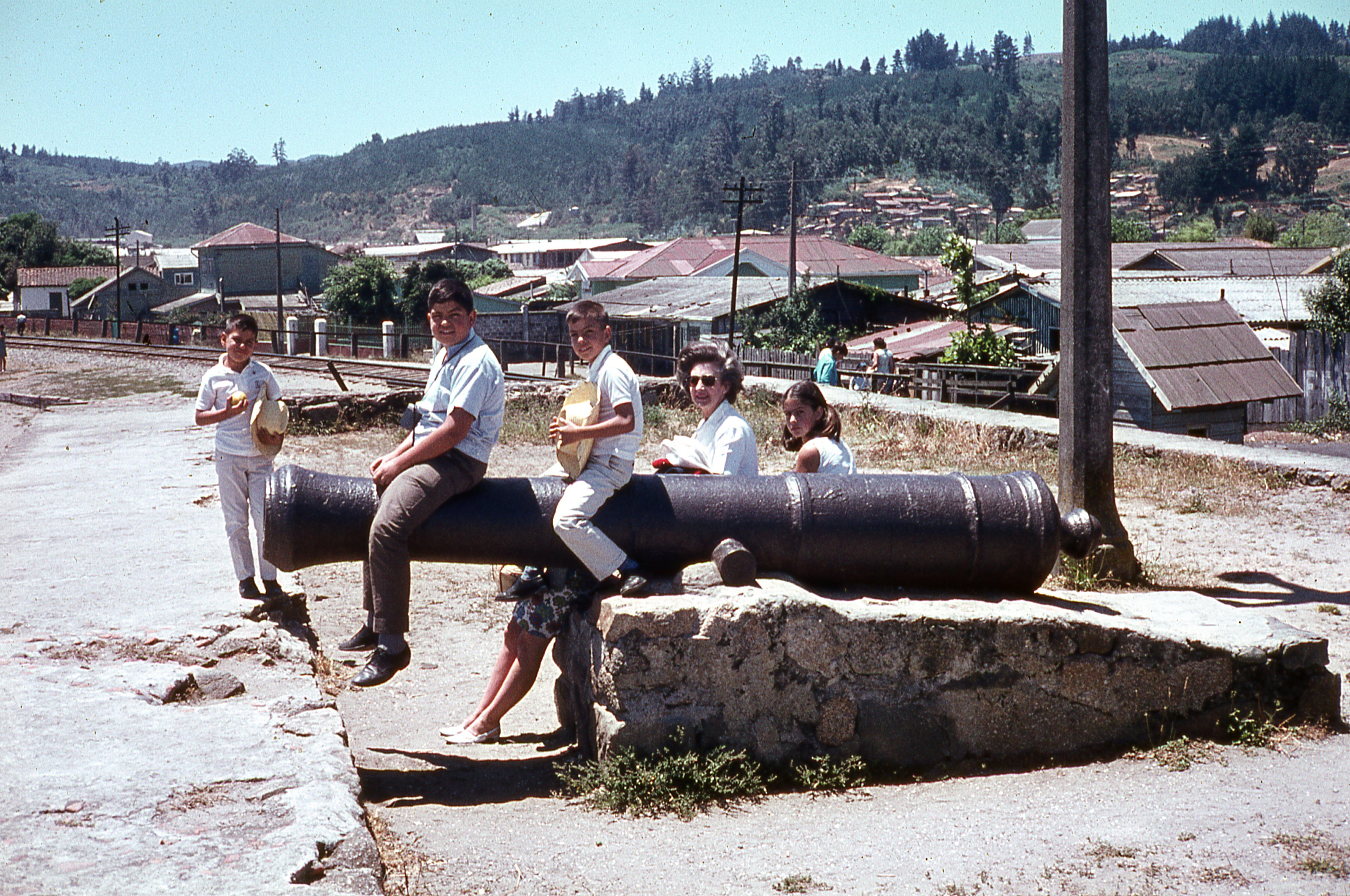 Enterreno - Fotos históricas de chile - fotos antiguas de Chile - Archivo Familia Sepúlveda Urzúa
