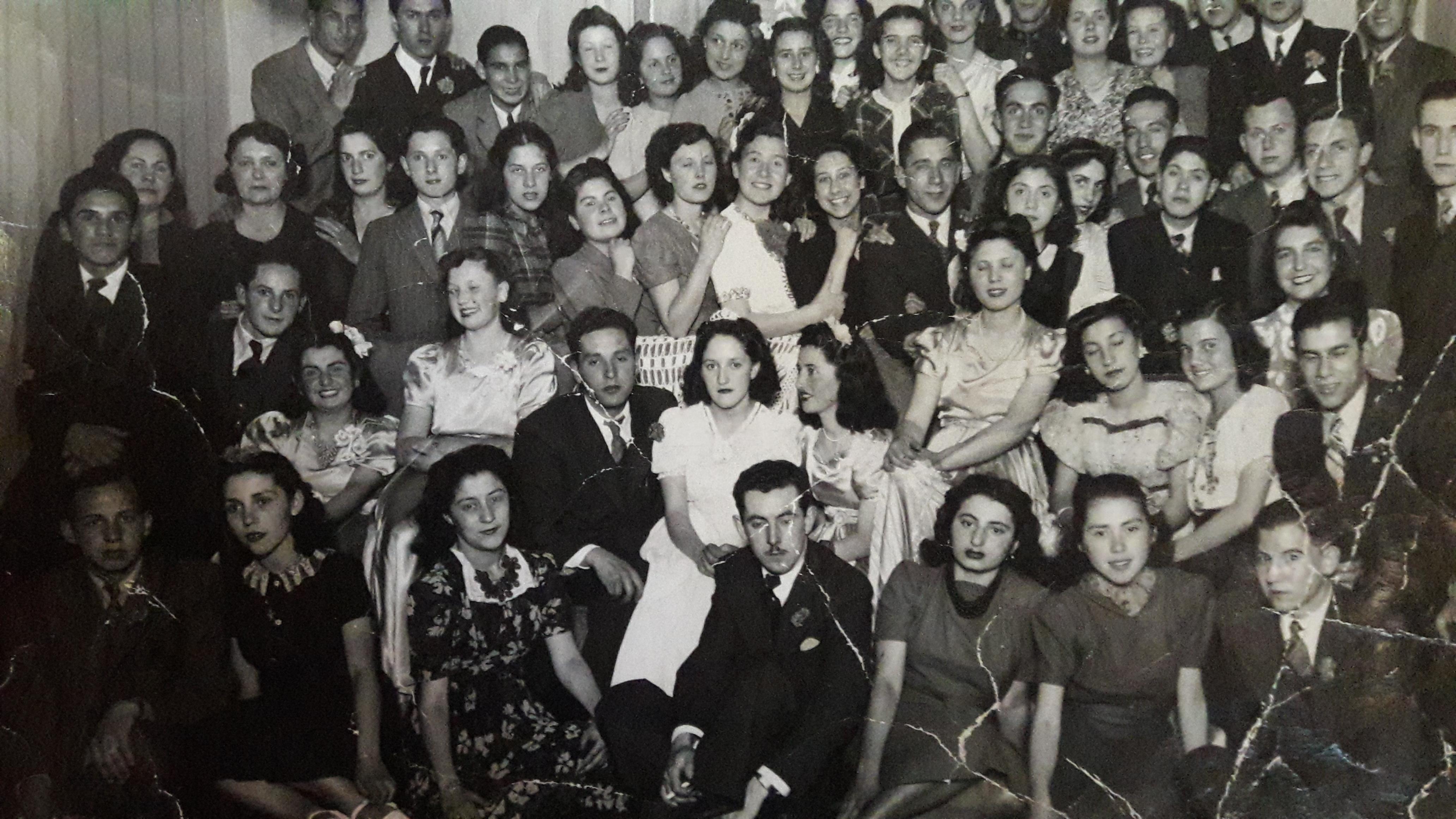 Enterreno - Fotos históricas de chile - fotos antiguas de Chile - Coronación Fiesta de la Primavera, 1941