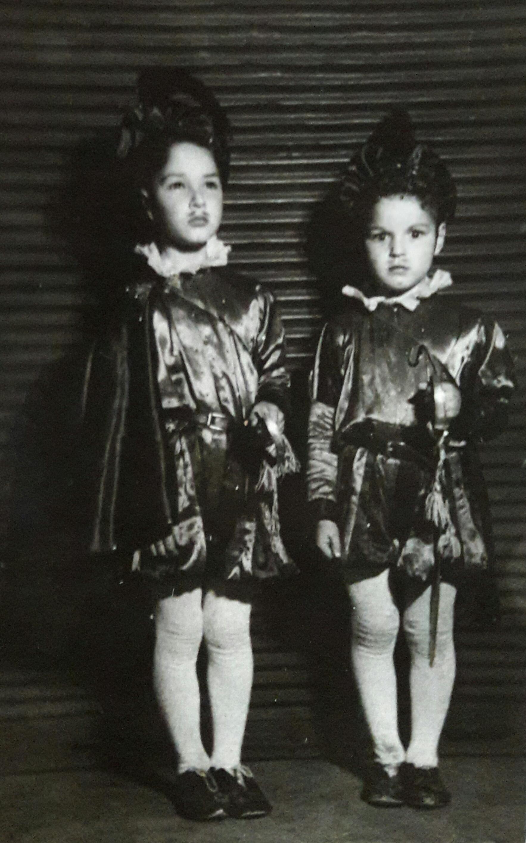 Enterreno - Fotos históricas de chile - fotos antiguas de Chile - Celebración yugoslava en Santiago, 1950