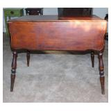 Antique Early American drop leaf table