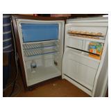 Norcold refrigerator 2.8 cu ft