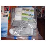 Center Bedroom  Wii RVL-001 w/games
