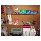 Garage  Dog Stuff, Dishes, Kennel,
