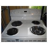 Kitchen:  GE True Temp Oven 6 Months Old