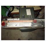 Garage: Yakima Power Hound Ski Rack,
