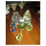 Glass paperweight collection including St Clair bell