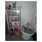 Middle Bed Room Beanie Babies, White Wicker Basket Table